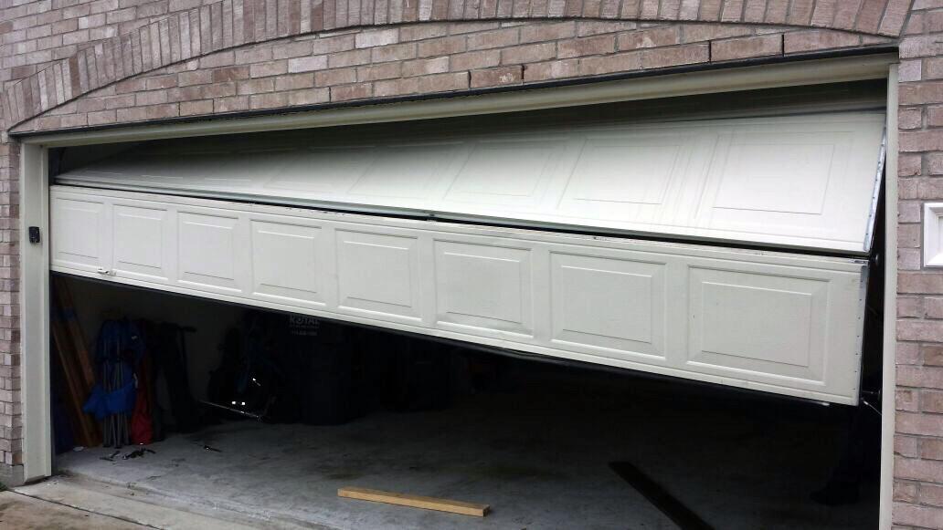 garage door opener stops while closing 2
